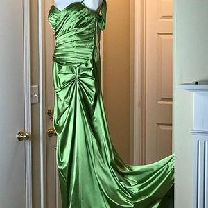 Cinderella Design_Gown w/Scarf